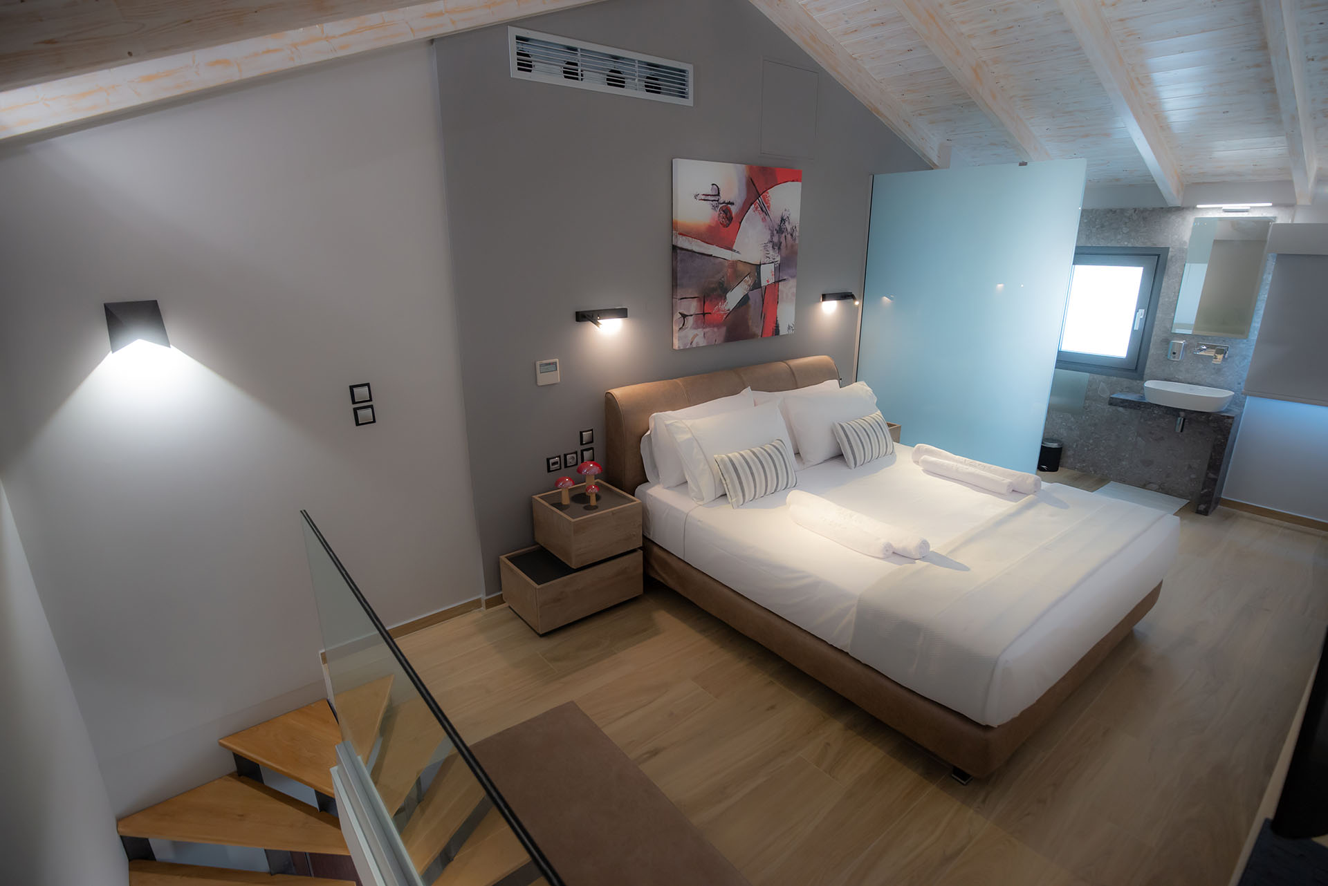 The Victoria Lefkada One Bedrrom Lofts 2!
