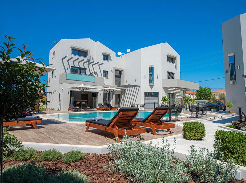 The Victoria Lefkada Luxury Suites Apartments Studios Hotel